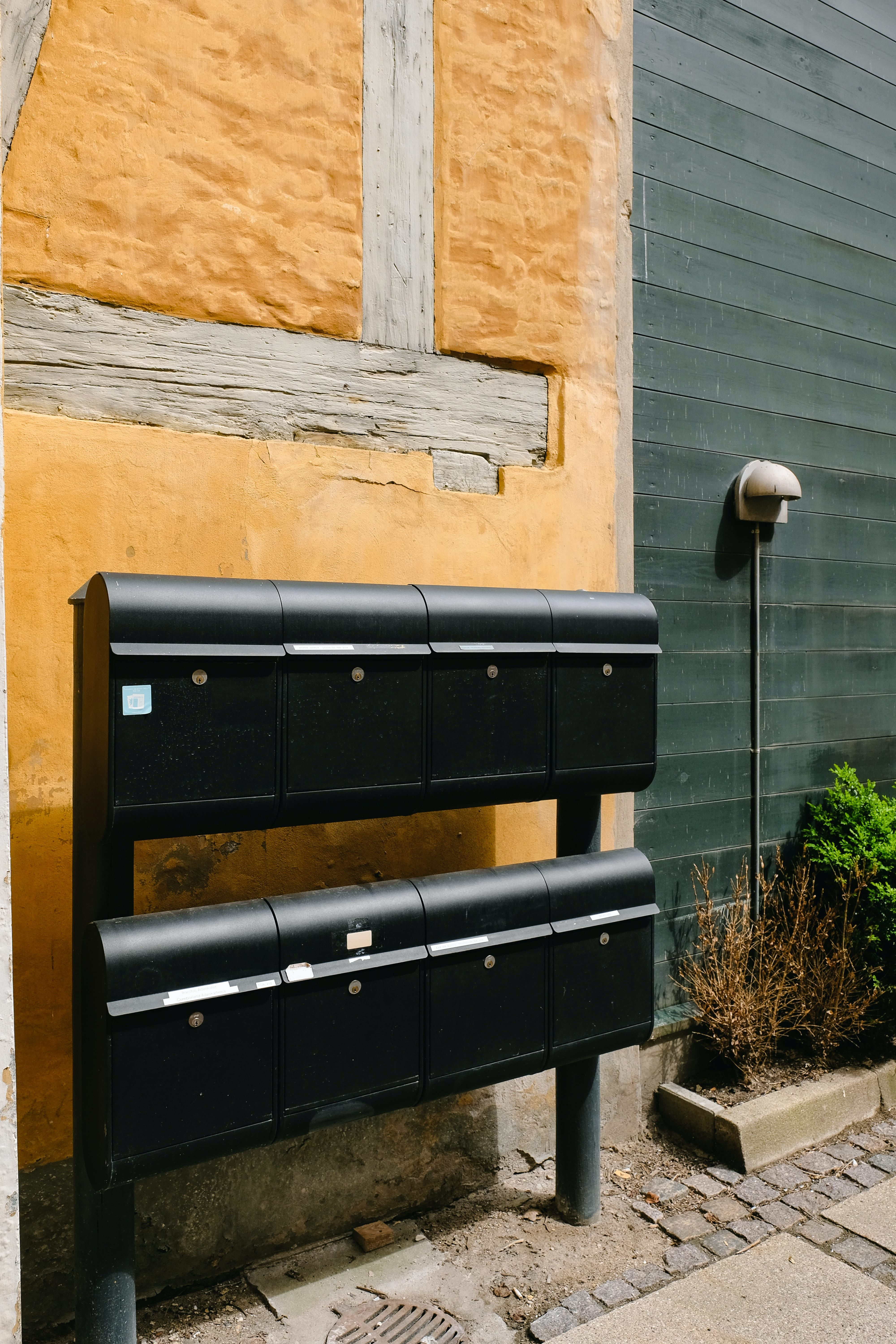 Locking Residential Mailboxes Prevent Mail Theft & Fraud