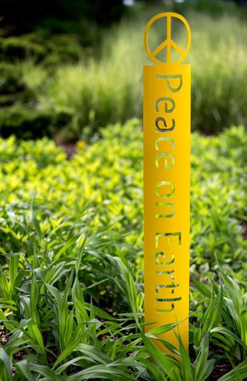 Majestic Peace On Earth Garden Stake Product Image